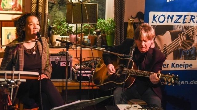 Paul-Simpson-Project spielt beim Konzert in der Kneipe