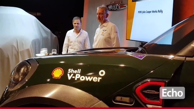 Mit dem Mini durch die Wüste: Astheimer X-Raid-Team stellt seinen Wagen für die Rallye Dakar vor