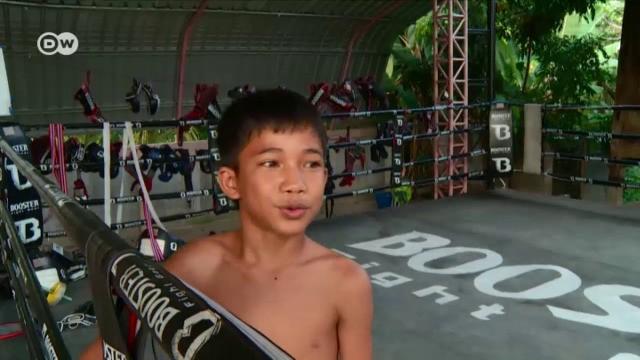 Thailands kämpfende Kinder