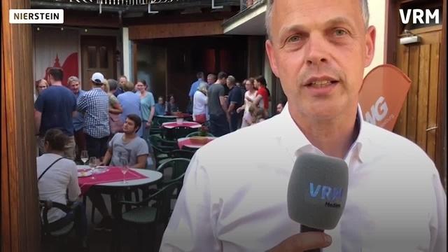 Jochen Schmitt gewinnt Bürgermeisterwahl in Nierstein