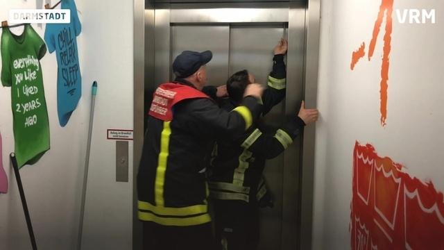 24 Stunden bei der Feuerwehr Darmstadt: Einsatz!