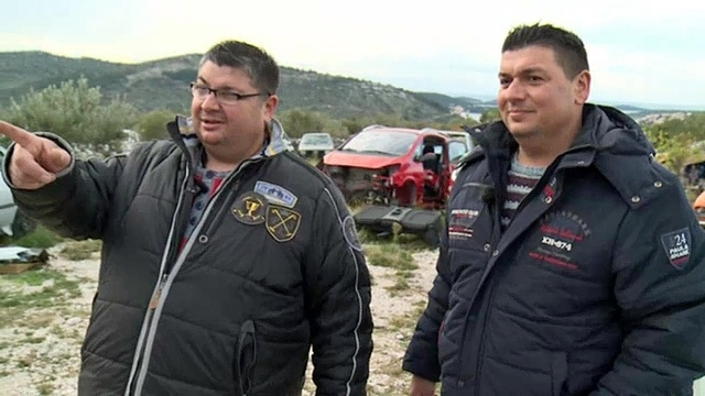 Die Autoschrauber Ivan und Zoran