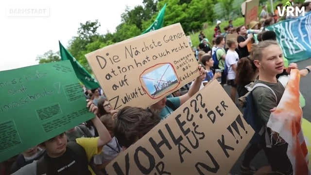 Tausende bei Fridays for Future in Darmstadt