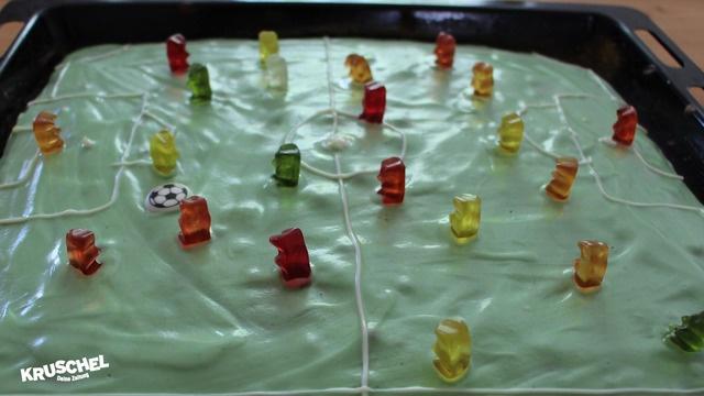 Mach mit: Fußballkuchen