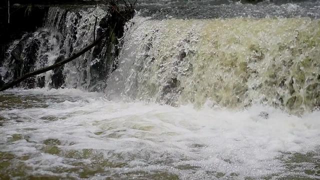 Flussgeschichten_Modau_Fischtreppen