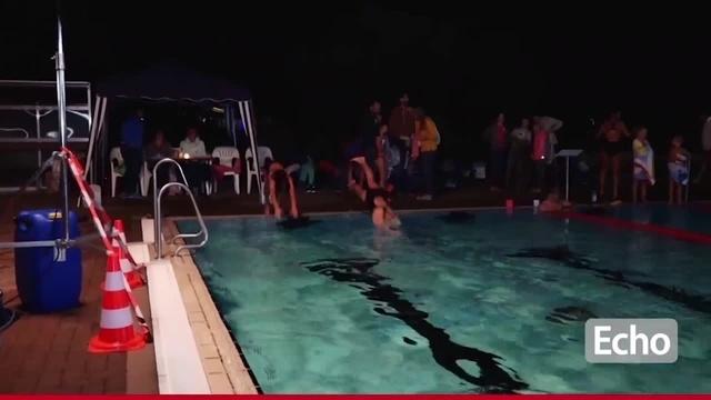 Lorsch schwimmt