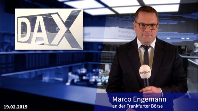 Dax-Anleger weiter vorsichtig - HeidelCement legen zu