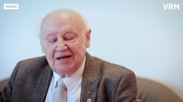Wortpiratin rot-weiß trifft Günther Daut